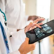 Doctors-working-with-Digital-Tablet